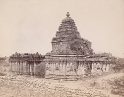 General view of the Jain Basti, Lakkundi
